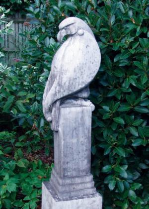 Photo of Eagle Stone Sculpture (Art of Stone)