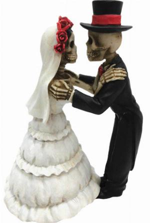 Photo of Endless Love Skeleton Figurines