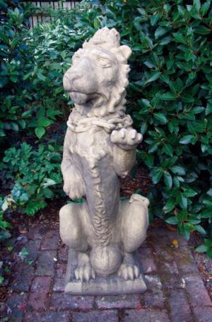 Photo of Heraldic Lion Stone Statue (Large)