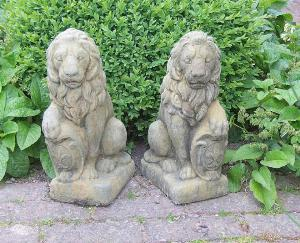 Photo of Shield Lions Stone Statues (Pair)
