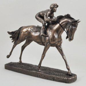 Photo of The Favourite Horse Racing Figurine (David Geenty)