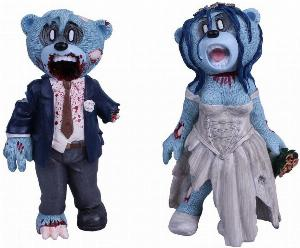 Photo of Bride and Groom Zombie Bears Pete Underhill