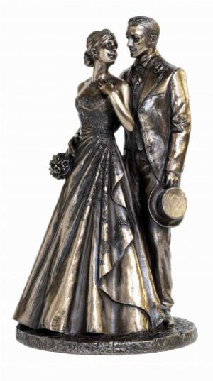 Photo of Just Married Bronze Statue