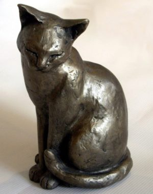 Photo of Maisie the Cat Bronze Ornament
