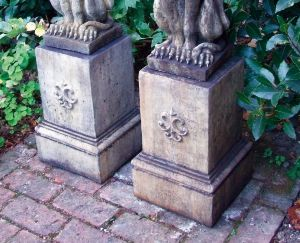 Phot of Gothic Style Stone Garden Plinth