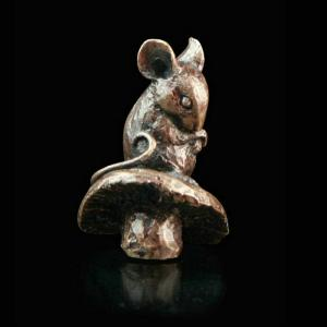 Photo of Mouse Solid Bronze Miniature (Butler and Peach)