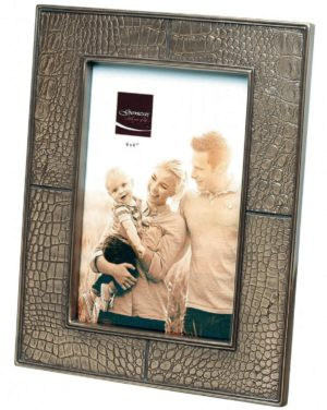 Photo of Classic Bronze Frame (Photo size 6 x 4)
