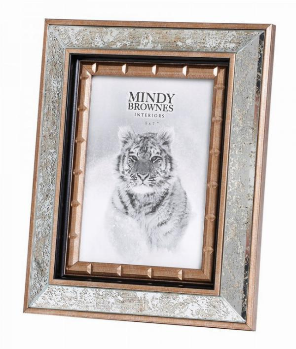 Photo of Cindy Frame Photo size 5 x 7