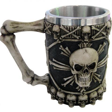 Photo of Skull and Bones Tankard