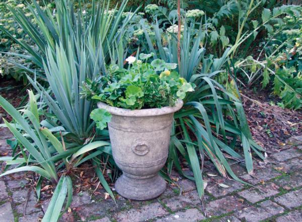 Photo of Vienna Stone Vase 35