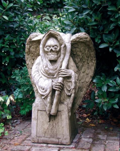 Photo of Grim Reaper Stone Statue