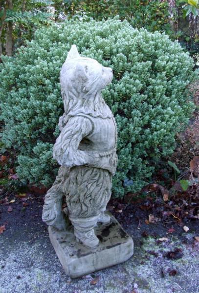 Photo of Whittingtons Cat Stone Sculpture