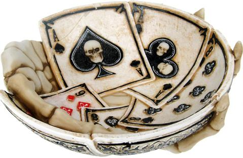 Photo of Dead Mans Hand Ashtray