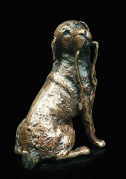 Photo of Labrador with Lead Bronze Miniature (Butler and Peach)