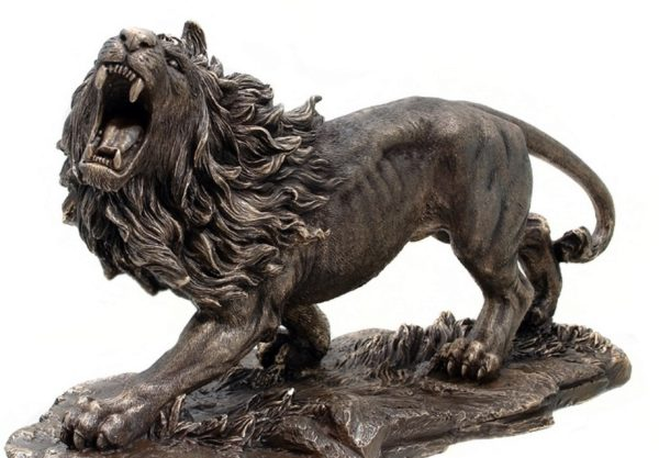 Photo of Large Lion Bronze Figurine