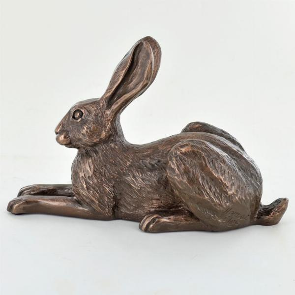 Photo of Violet Hare Bronze Sculpture (Harriet Glen)