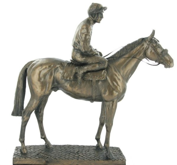 Photo of Sport of Kings Horse Figurine (David Geenty)